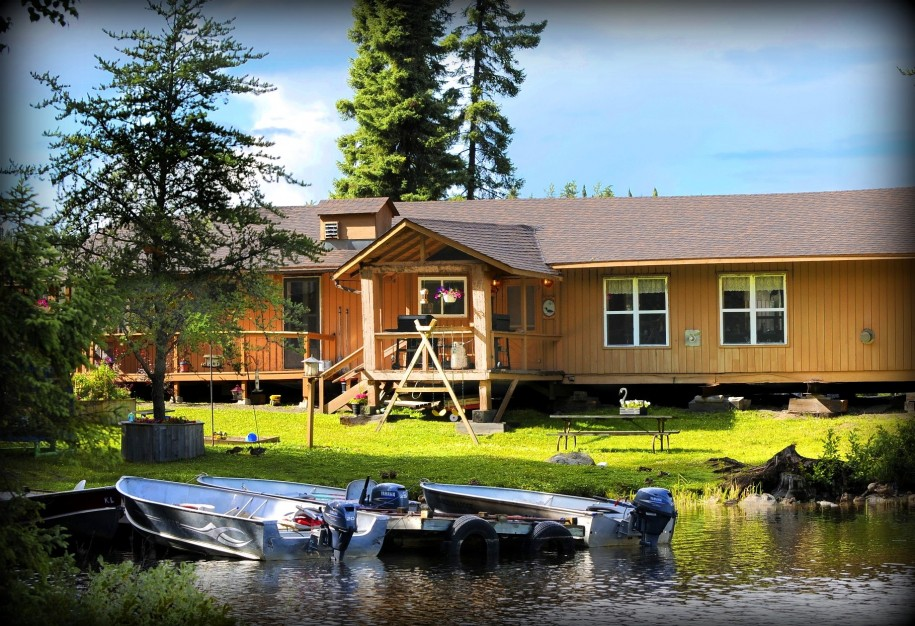 Canada 39 s best fishing pike lake trout confederation for Best canadian fishing lodges